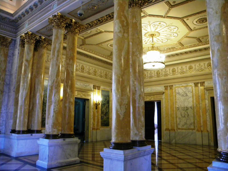 Regardless Of The Type Of Marble Used In The Interior Design Of The Royal  Palace On Calea Victoriei, These Stones Have Become The Ideal Support For  The ...