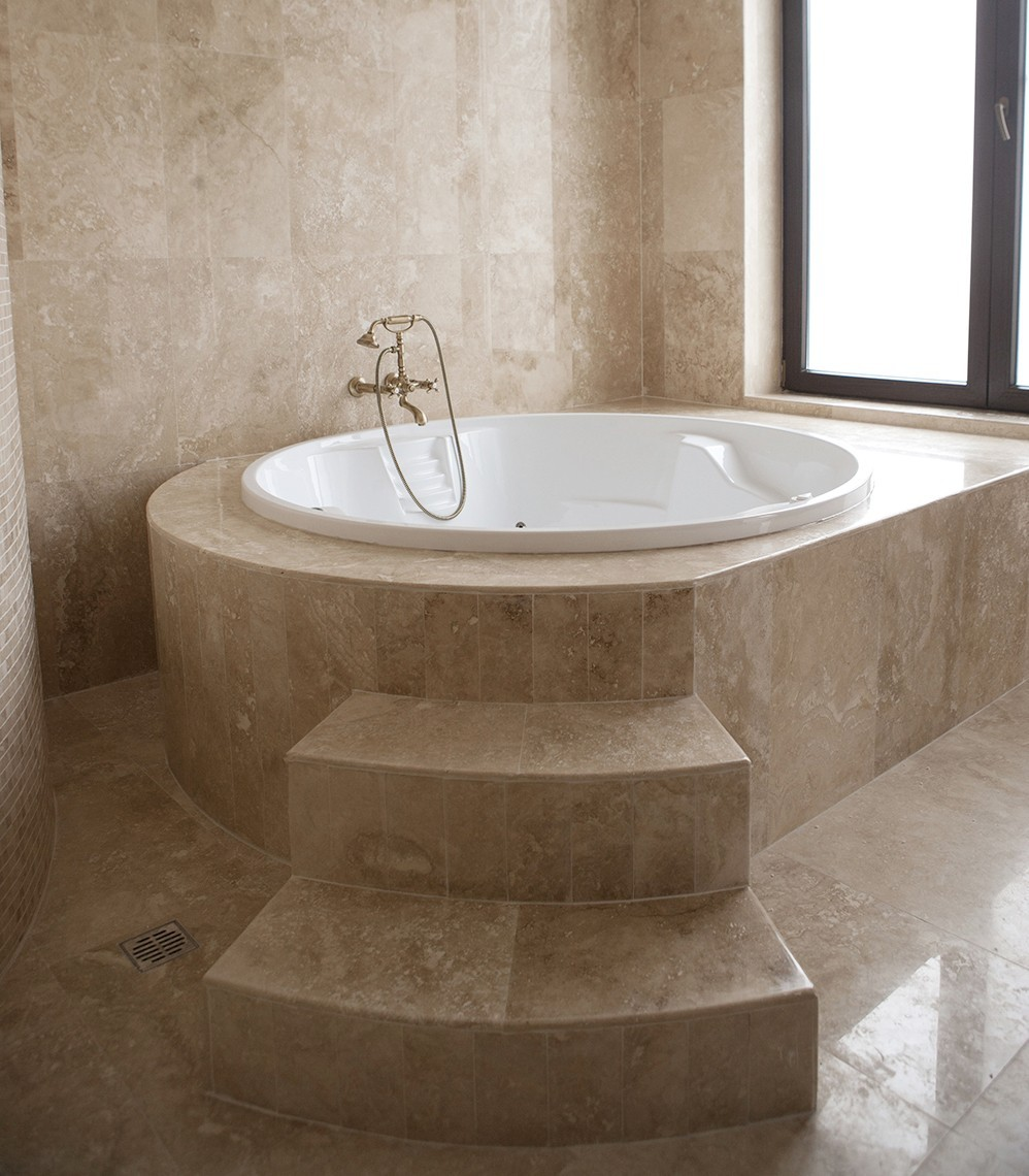 Special pieces of polished and filled classic cross cut travertine 2 cm thickness