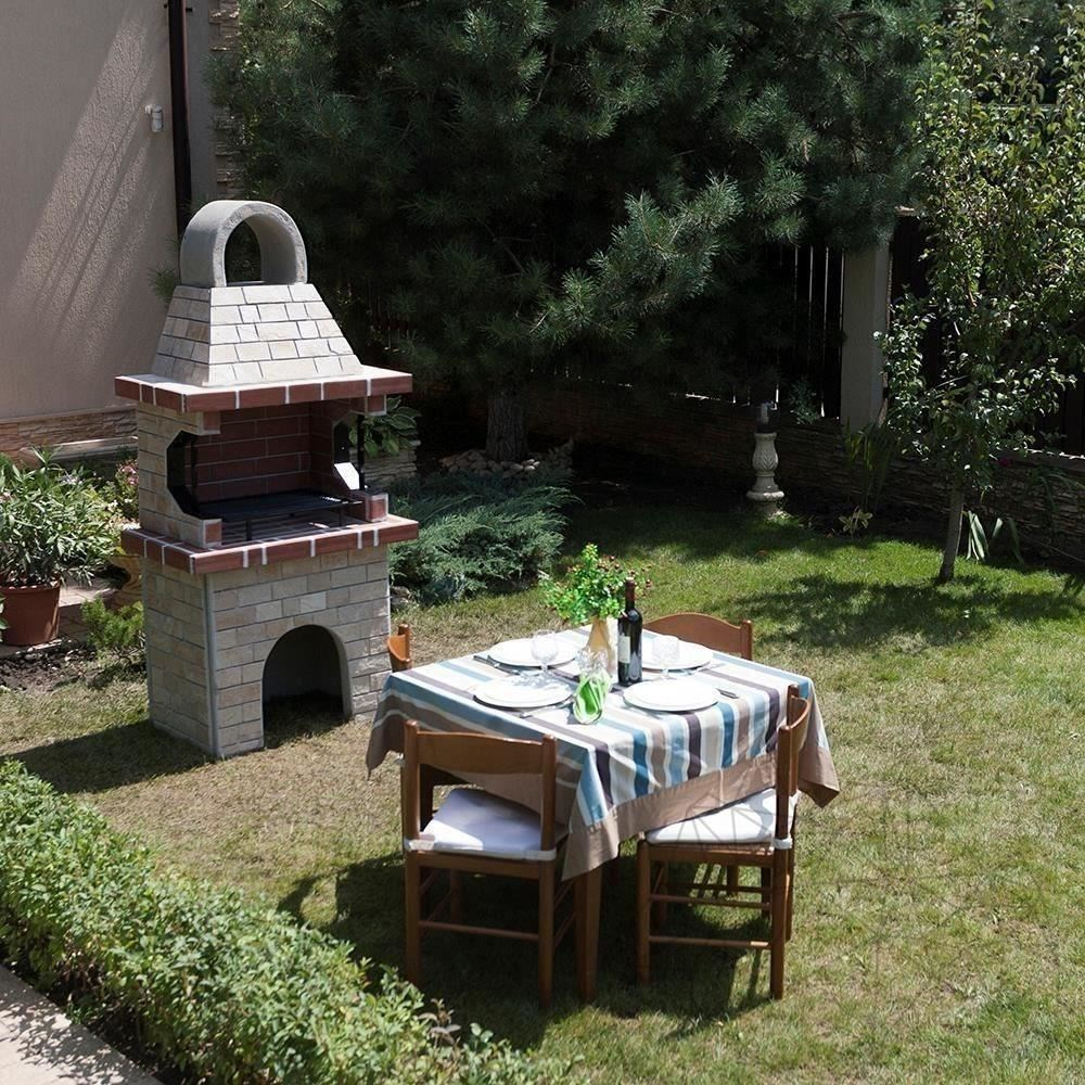Garden Barbeque Small with spliface stone title=Garden Barbeque Small with spliface stone