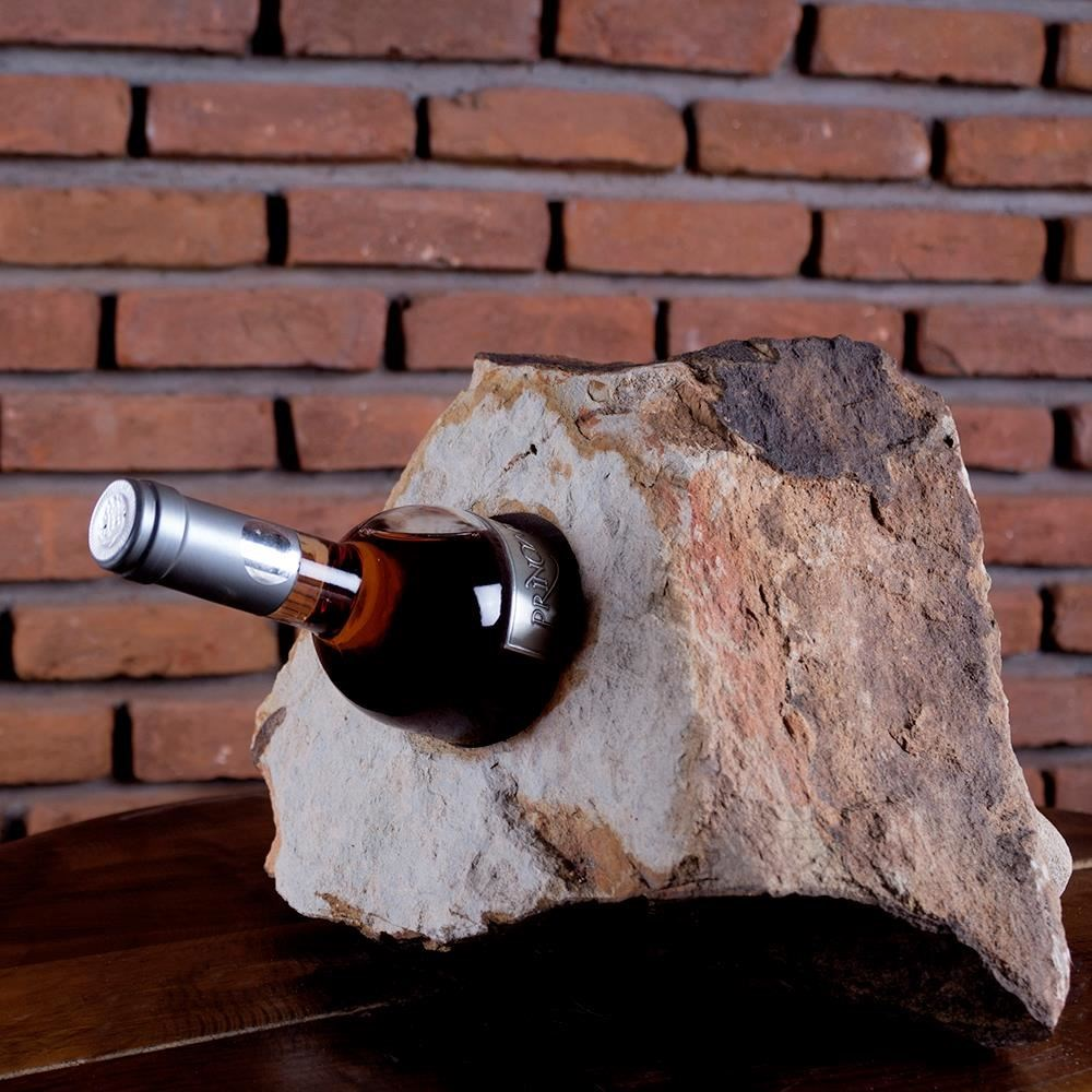 Wine bottle holder - Mandras Sandstone
