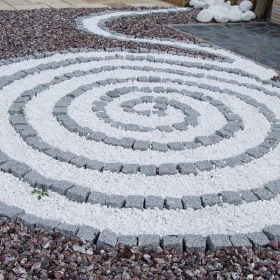 White Ruschita Marble Mosaic (50 KG Sack)
