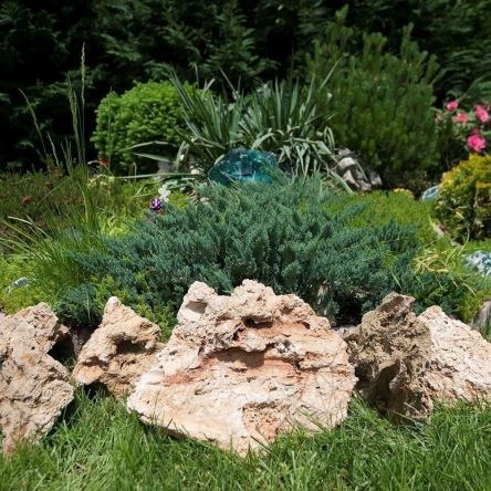 Pipeline Decorative Garden Stone KG