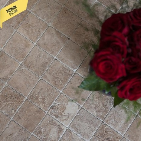 Latte Tumbled Travertine 10 x 10 x 1 cm