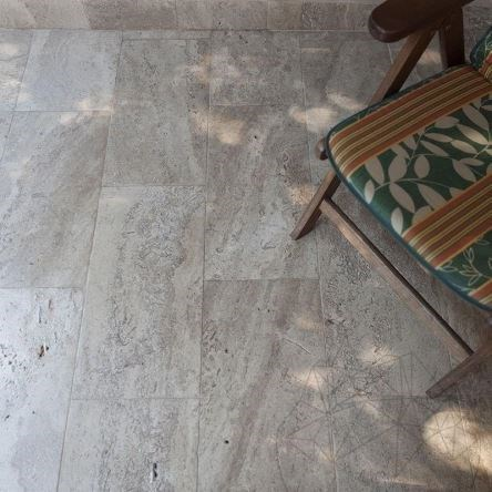 Latte Tumbled Travertine 61 x 40.6 x 3 cm - Stock Clearance