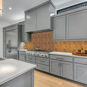 Peach Herringbone Travertine Polished Mosaic 2.3 x 5 cm