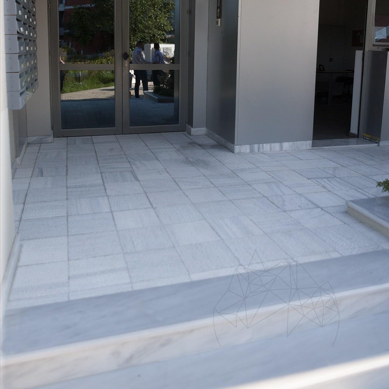Kavala Polished Marble Stair 120 x 33 x 3 cm