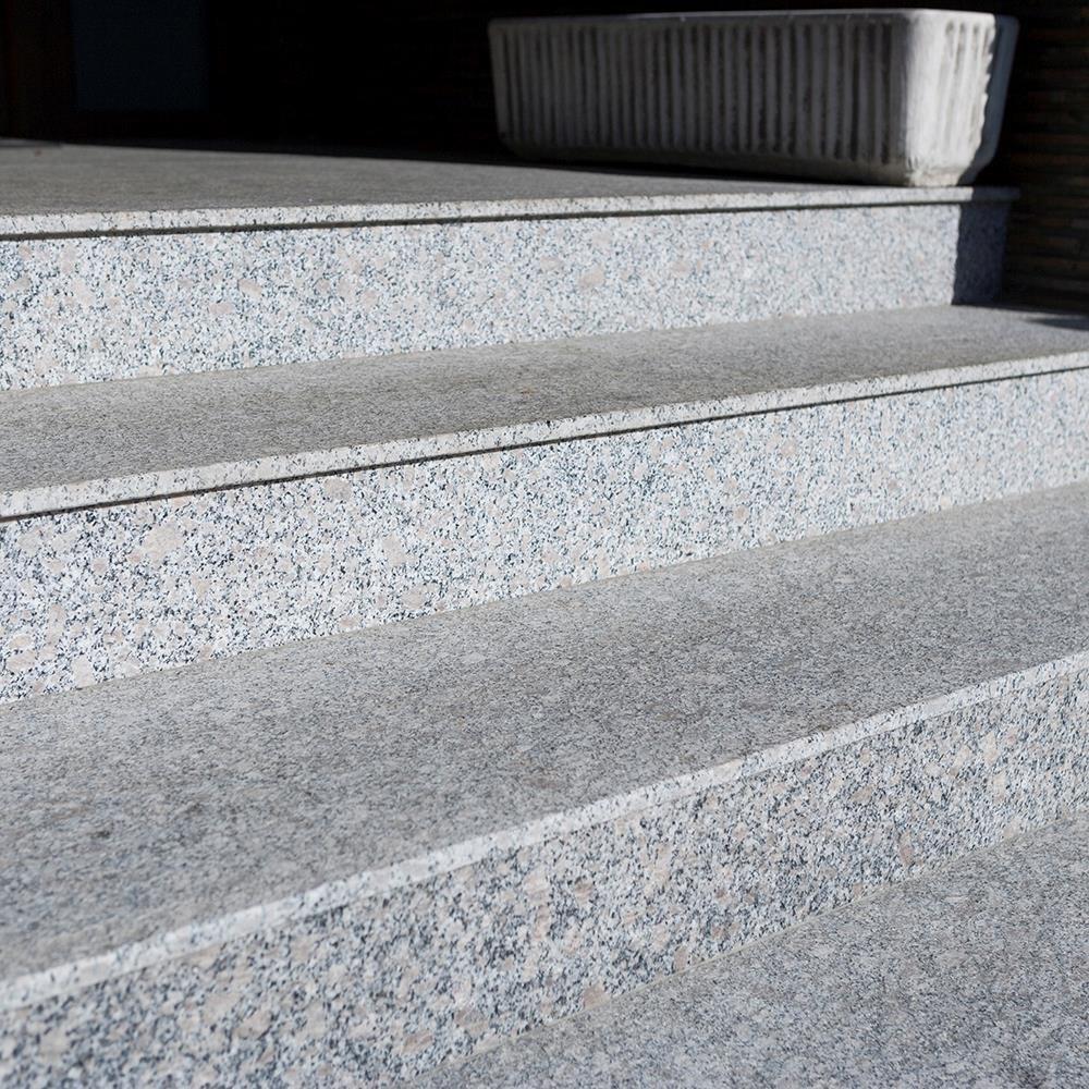 Rock Star Grey Flamed Granite Stair 120 x 33 x 2 cm