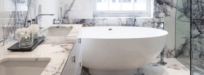 Bathroom Decorated With Callacata Lilac Marble