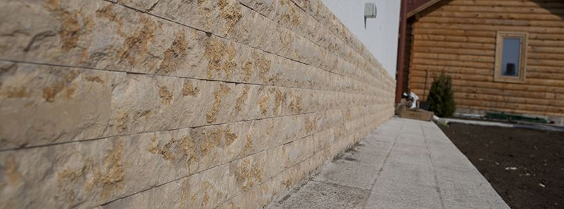 Natural stone for the base of your house