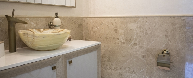 6 Tips for using natural stone in wet spaces