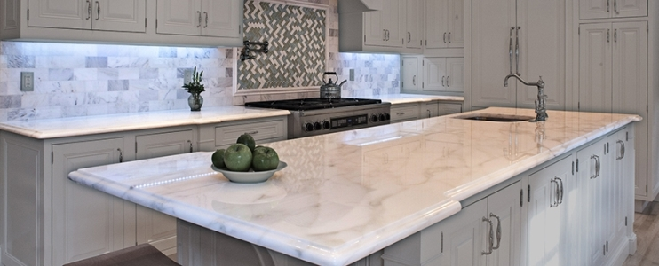 5 steps for choosing a kitchen countertop, from showroom to your home