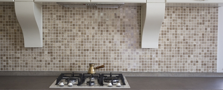 How to choose a backsplash? Ideas and practical tips!