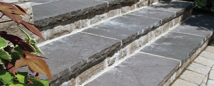 Exterior paving – common issues when using natural stone in outdoor areas
